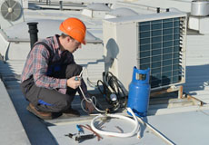 Kapaun & Brown Inc. working on commercial hvac